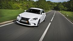 Lexus IS 300h - Immagine: 1