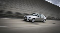 Lexus IS 300h - Immagine: 5