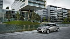Lexus IS 300h - Immagine: 11