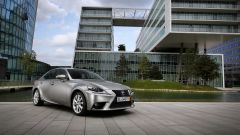 Lexus IS 300h - Immagine: 14