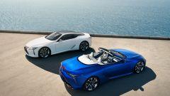 Lexus LC 500 2021: coupé e cabrio insieme