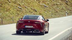 Lexus LC 500: essere coupé tra lusso e tecnologia - Immagine: 11