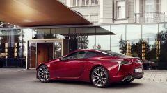 Lexus LC 500: essere coupé tra lusso e tecnologia - Immagine: 13