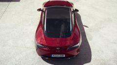 Lexus LC 500: essere coupé tra lusso e tecnologia - Immagine: 15
