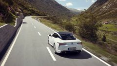 Lexus LC 500: essere coupé tra lusso e tecnologia - Immagine: 23