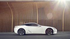 Lexus LC 500: essere coupé tra lusso e tecnologia - Immagine: 25