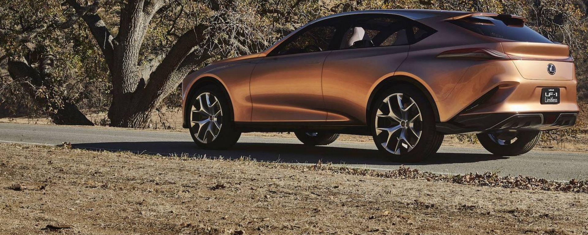 Lexus LF-1 Limitless Concept: 3/4 posteriore