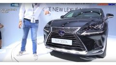 Lexus NX 300h 2018: è l'ora del facelift - Immagine: 1
