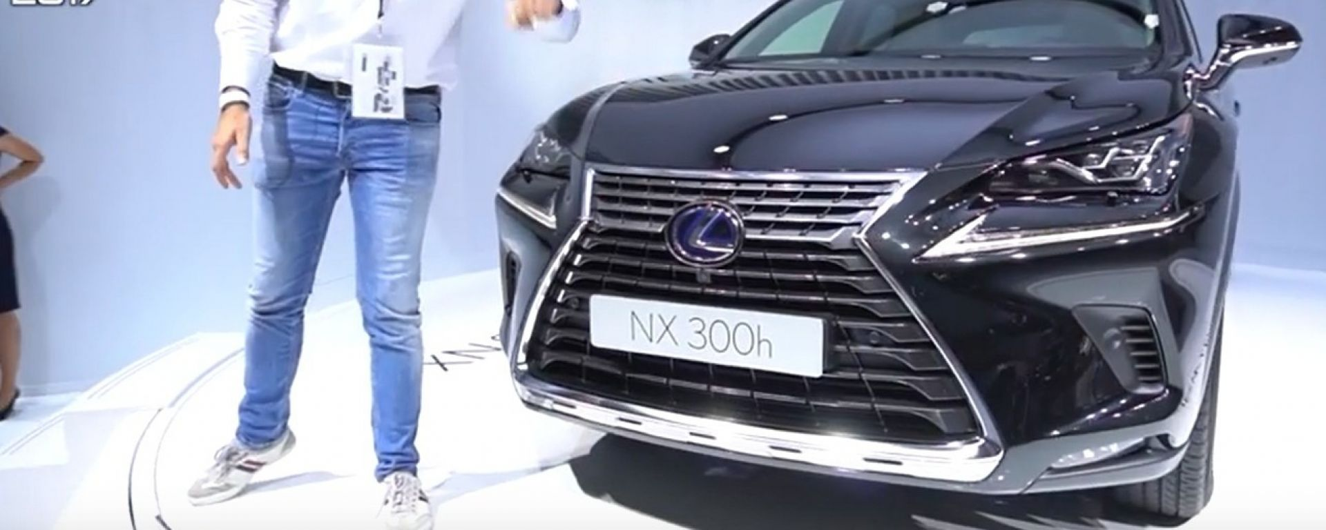 Lexus NX 300h 2018: è l'ora del facelift