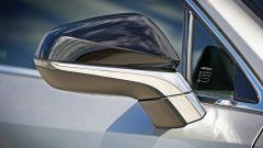 Lexus NX: dettaglio specchietto laterale