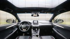 Lexus NX: interni