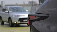 Lexus NX vs Mitsubishi Outlander PHEV: il video  - Immagine: 7