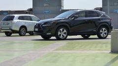 Lexus NX vs Mitsubishi Outlander PHEV - Immagine: 7
