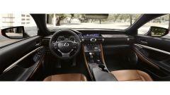 Lexus RC: l'abitacolo ben rifinito
