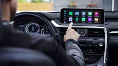 Lexus RX 2019: display touchscreen