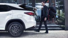 Lexus RX 2019:dettaglio bagagliaio automatico
