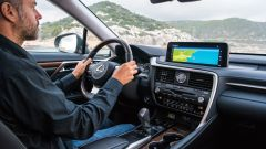 Lexus RX Hybrid: il nuovo display da 12.3