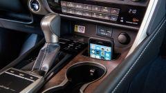 Lexus RX Hybrid: particolare della console
