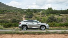 Lexus RX Hybrid: vista laterale