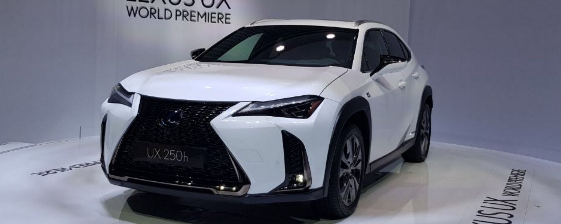 Lexus UX: in video dal Salone di Ginevra 2018