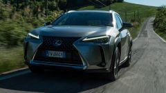 Lexus UX dinamica frontale