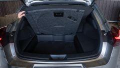 Lexus UX doppio fondo