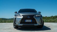 Lexus UX frontale