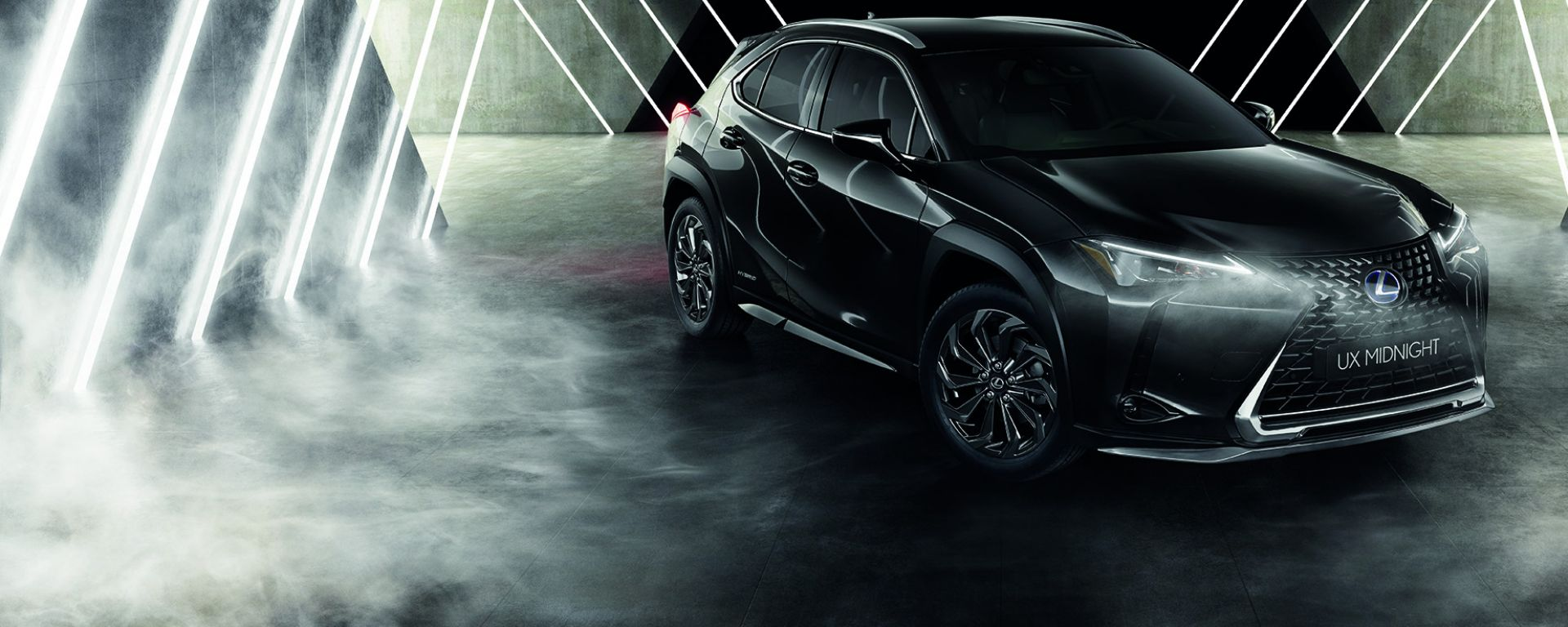 Lexus UX Hybrid Midnight Edition