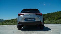 Lexus UX posteriore
