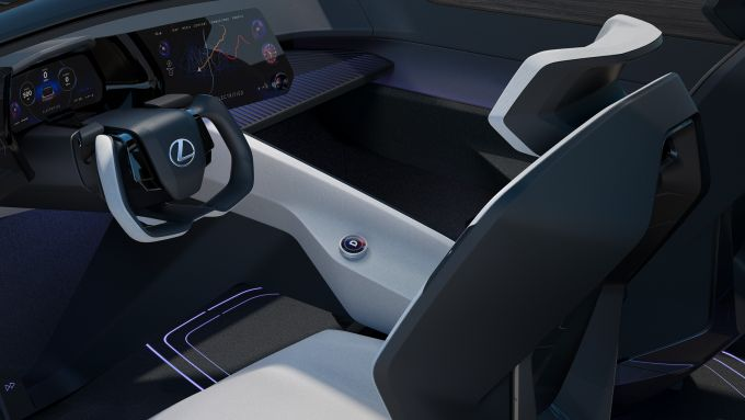 Lexux LF-Z Electrified, interni: l'abitacolo e l'infotainment