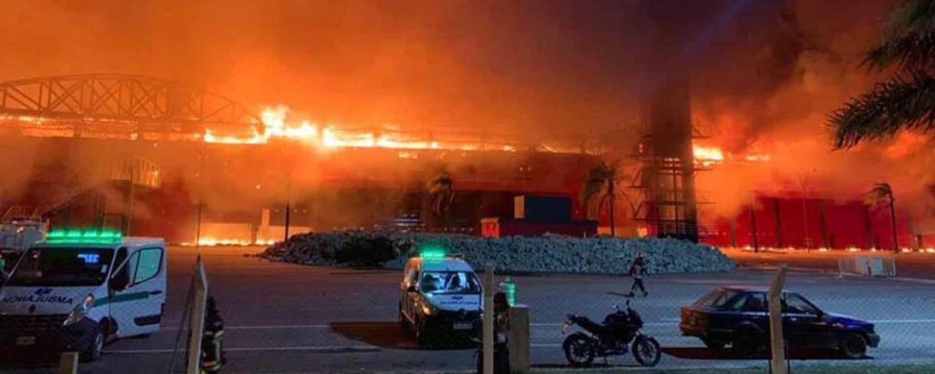 L'incendio al circuito di Termas de Rio Hondo