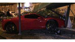 L'incidente della Ferrari di Martin Caceres