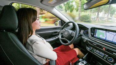 L'intelligenza artificiale renderà la guida sempre più autonoma
