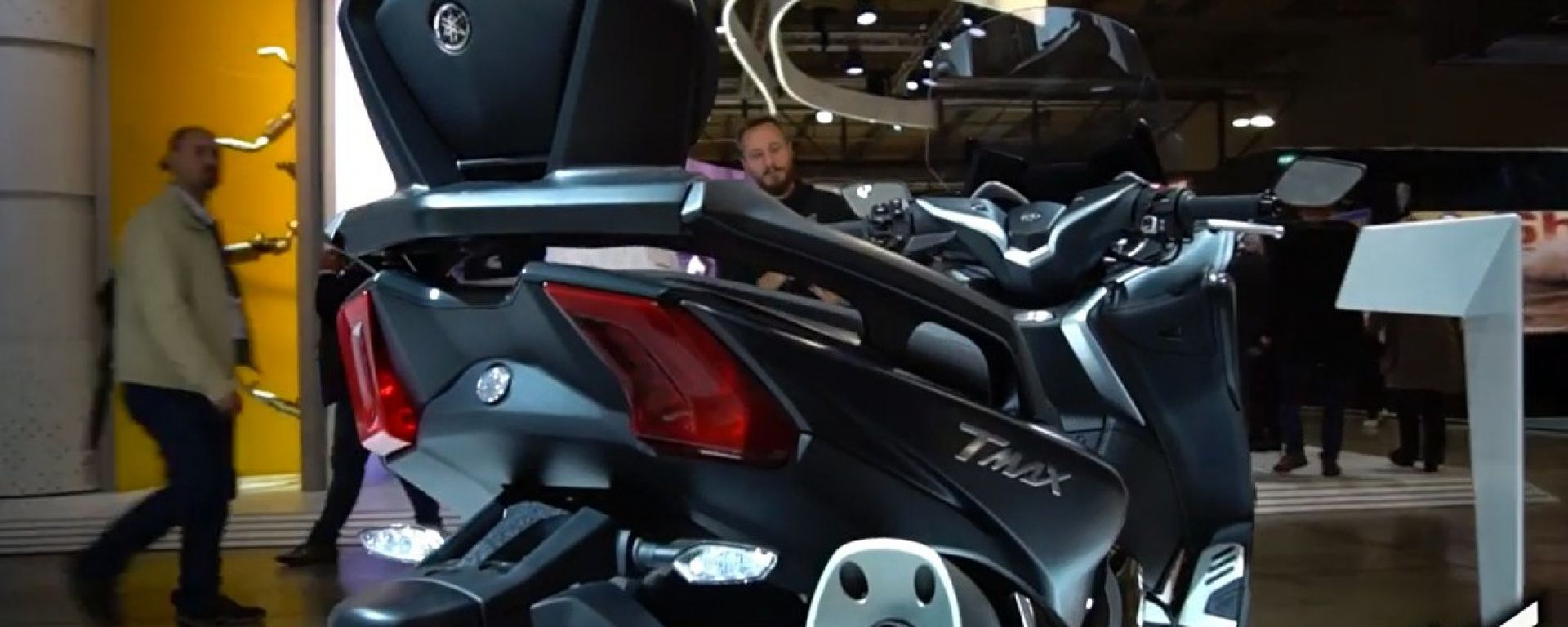 Live Eicma 2016: Yamaha TMax in video