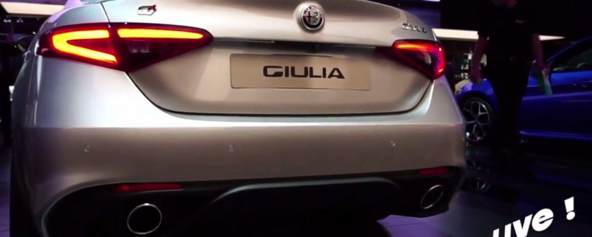 Live Parigi 2016: Alfa Romeo Giulia Veloce in video