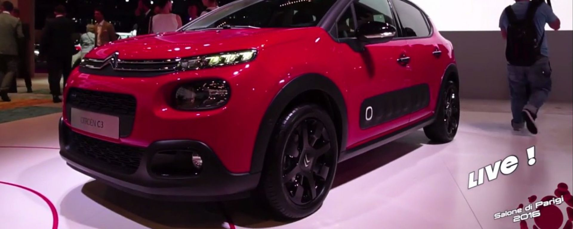 Live Parigi 2016: Citroen C3, CXperience Concept e C3 WRC in video