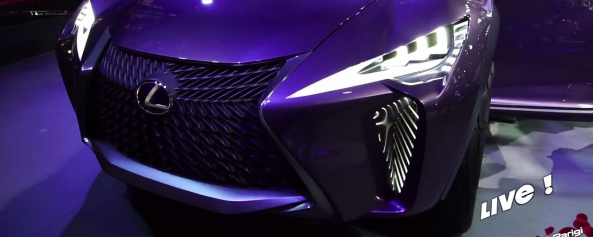 Live Parigi 2016: Lexus UX concept in video