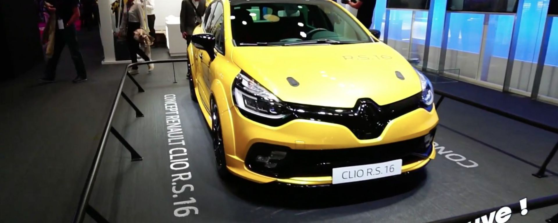 Live Parigi 2016: Renault Clio R.S. 16 in video