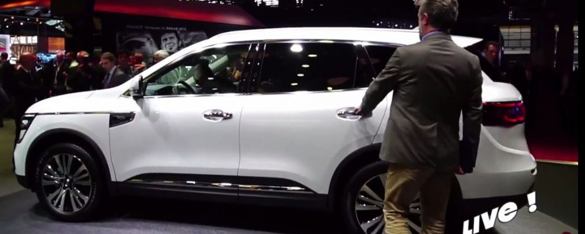 Live Parigi 2016: Renault Koleos, Megane e Trezor Concept in video