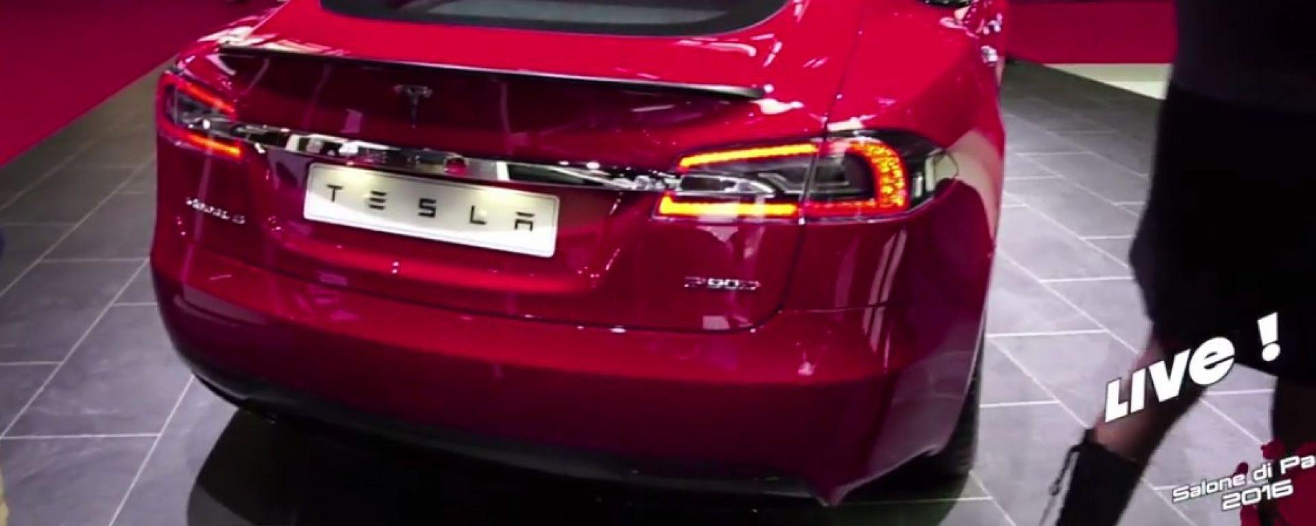 Live Parigi 2016: Tesla Model S P100D e Autopilot 8 in video