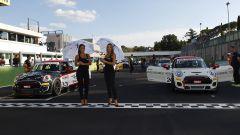 Lo spettacolo del MINI Challenge 2017 a Vallelunga