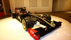 Lotus-Renault R31 - Immagine: 2