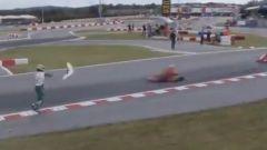 Luca Corberi lancia una paratia del kart contro l'avversario in transito