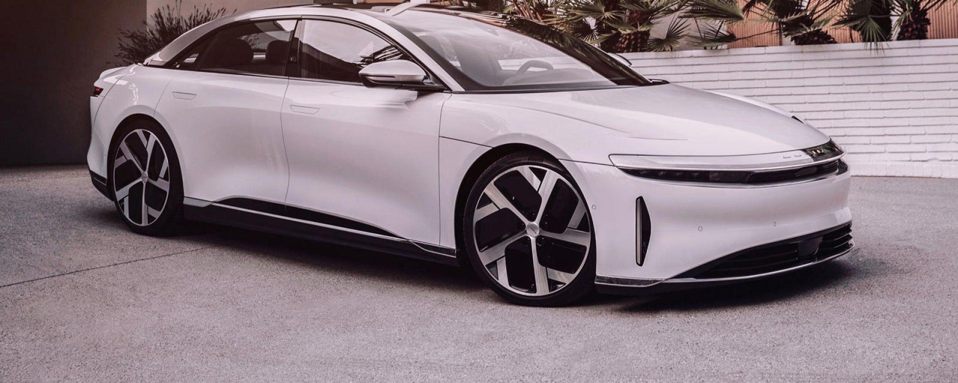 Lucid Air è la berlina elettrica più potente, la più veloce a ricaricarsi ed è l'auto più aerodinamica al mondo