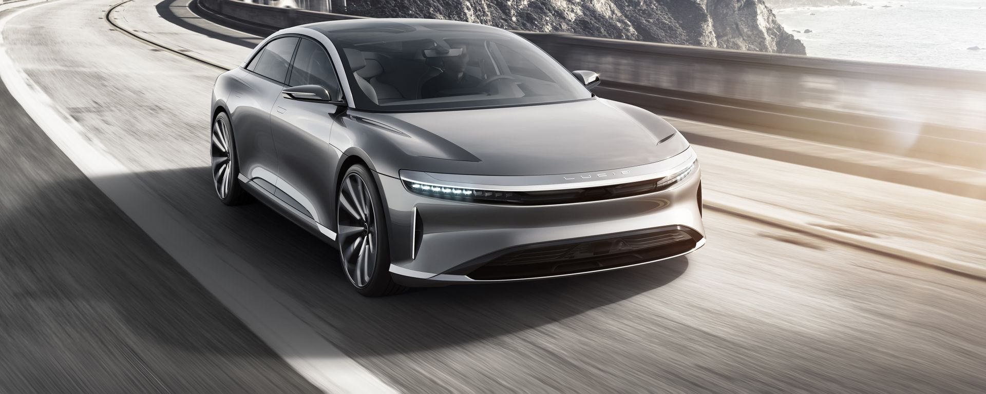Lucid Air: vista frontale