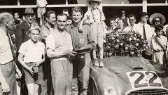 Luigi Chinetti (in gilet nella foto) vince la 24 ore di Le Mans 1949 a quasi 48 anni di età