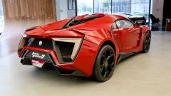 Lycan HyperSport in NFT: visuale di 3/4 posteriore
