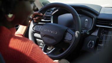 Lynk & Co 01, il volante