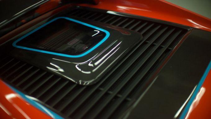 Maggiore 308M, la finestra sul motore posteriore