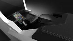 Magna sensitive surface, l'auto in punta di dita - Immagine: 1